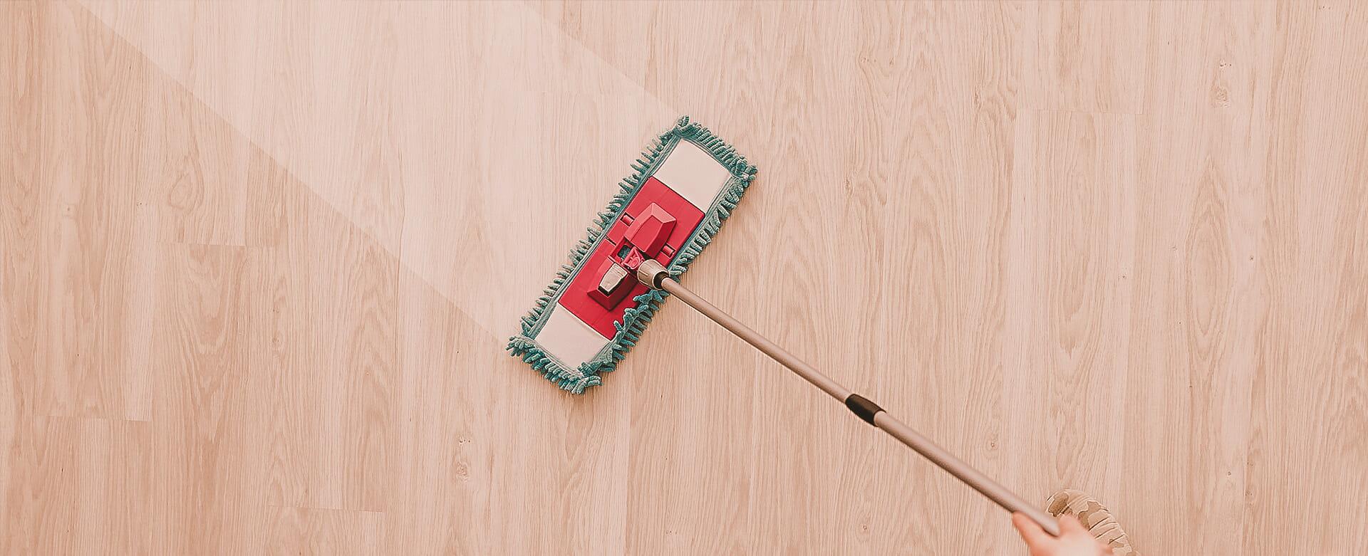 Na co zwracać uwagę szukając firmy sprzątającej?